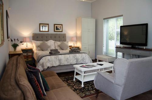 Annies House Photo
