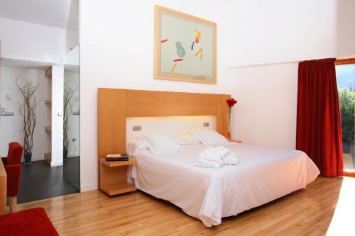 Superior Double Room Tierra de Biescas 9