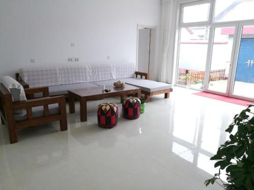 Yanqi Lake Comfy Guesthouse photo 13