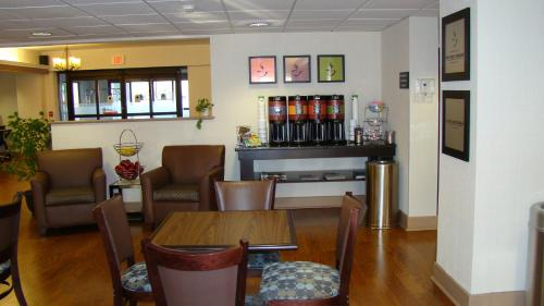 Hampton Inn Saco/biddeford - Saco, ME 04072