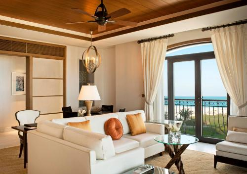 The St. Regis Saadiyat Island Resort, Abu Dhabi photo 12
