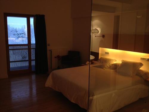 Superior Double Room Tierra de Biescas 12