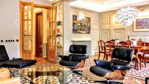 BizFlats Eixample Apartments photo 20