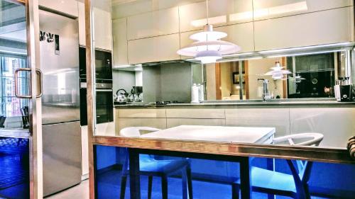BizFlats Eixample Apartments photo 25
