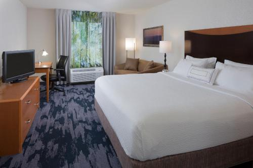 Fairfield Inn & Suites by Marriott Orlando Lake Buena Vista photo 15