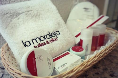 Hotel La Moraleja Photo
