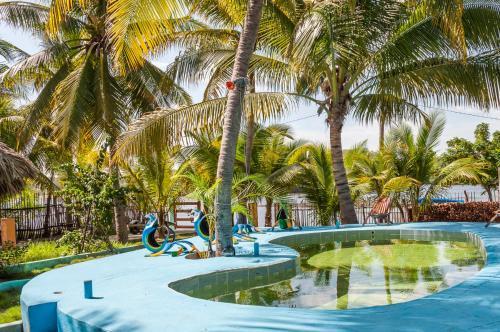 A Hotel Com Eco Hotel Papagayo Azul Hotel Las Lisonas Guatemala