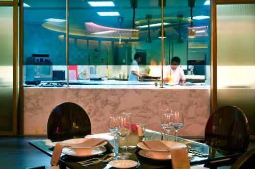 Bab Al Qasr Hotel photo 47