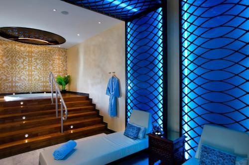 Bab Al Qasr Hotel photo 49