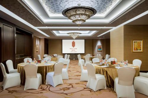 Bab Al Qasr Hotel photo 70