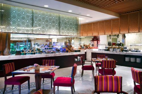 Bab Al Qasr Hotel photo 74