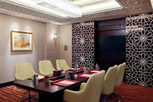 Bab Al Qasr Hotel photo 79