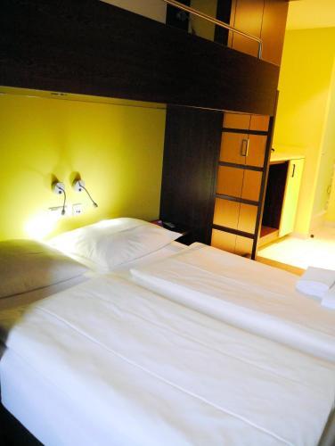 Bridge Inn Hotel photo 41