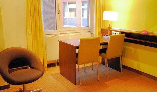 Bridge Inn Hotel photo 44