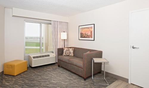 Hampton Inn & Suites North Fort Worth-Alliance Airport in Roanoke