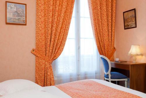 Hotel Du Quai Voltaire photo 26