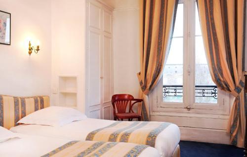 Hotel Du Quai Voltaire photo 28