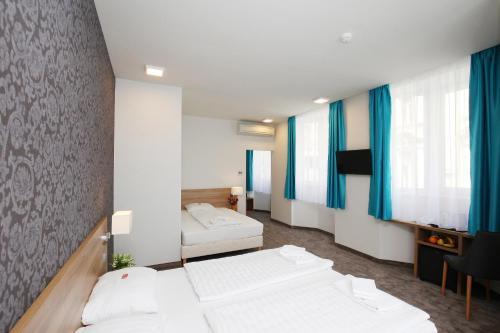 Medosz Hotel photo 63
