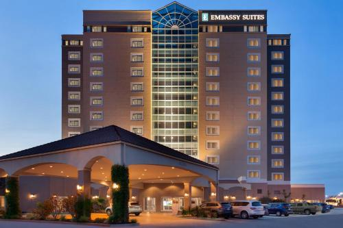 Emby Suites By Hilton Monterey Bay Seaside Hotel