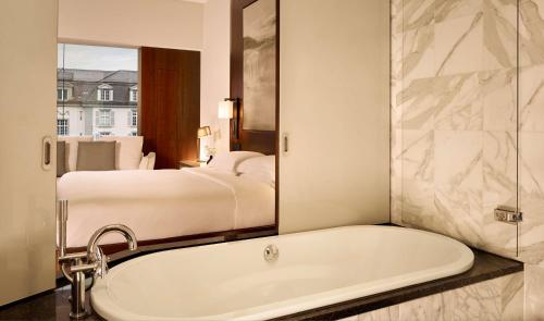 Park Hyatt Zurich photo 30