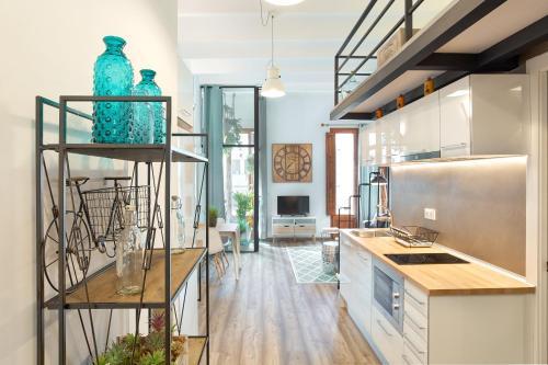 Urban District Apartments-Vintage Suites & Loft photo 50