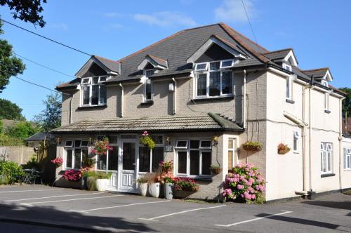 Top Hotel Deals Near Calshot Activity Centre Hampshire Walcot House