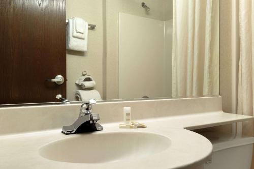 Microtel Inn & Suites by Wyndham Bloomington/Minneapolis Photo