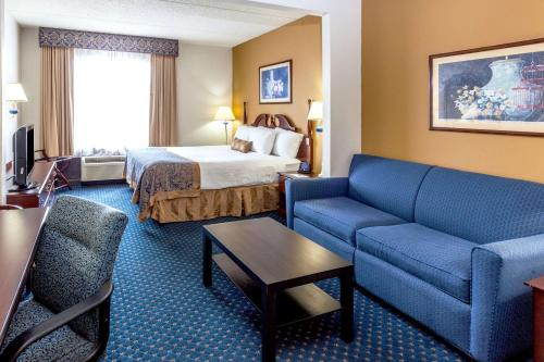 Wingate by Wyndham Six Flags - Austell Photo
