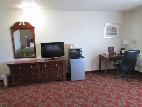 Quality Inn Evanston Photo
