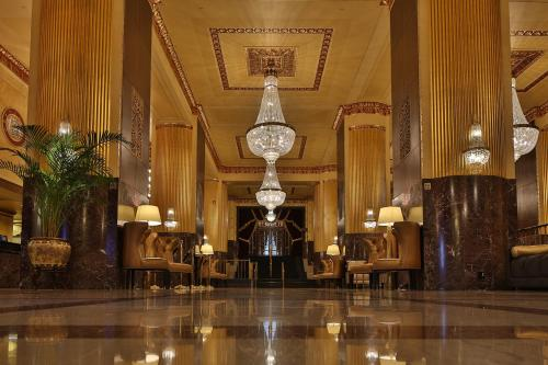 Hilton Milwaukee City Center Photo