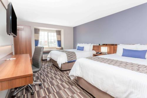 Microtel Inn & Suites Sault Ste. Marie Photo