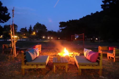 Antalya Camp Meeting Point indirim kuponu