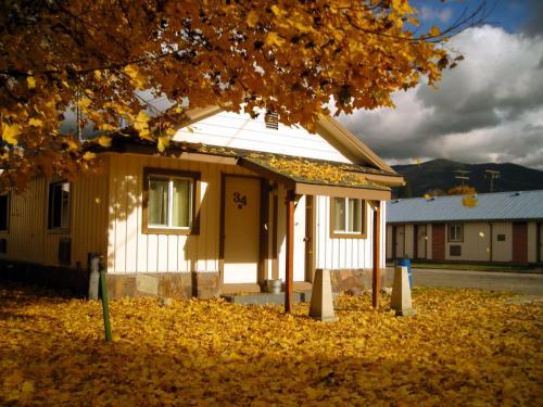 Falls Motel Photo