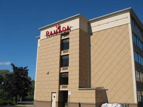 Ramada Inn Rochelle Park/Paramus Area Photo