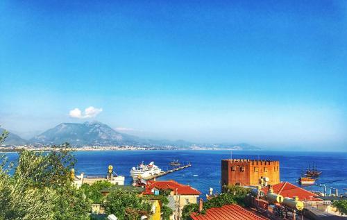 Alanya Alanya Castle Apartment with Stunning View tek gece fiyat