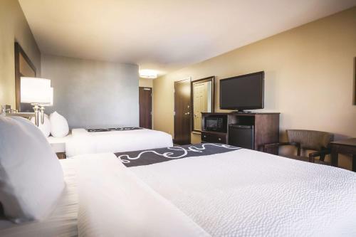 La Quinta Inn & Suites Eugene Photo