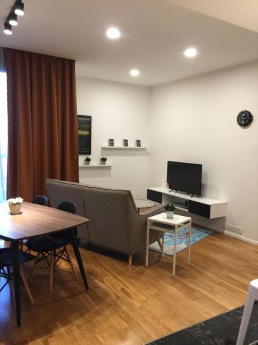Arcoris Residence