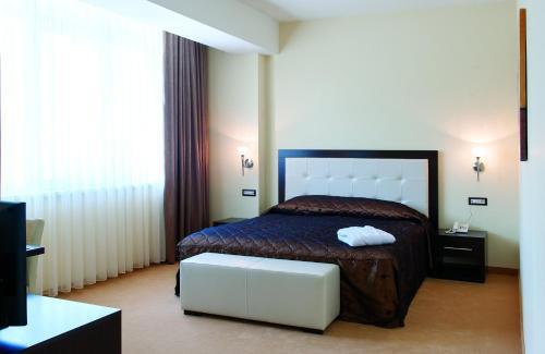 https://q-xx.bstatic.com/images/hotel/max500/141/14125771.jpg
