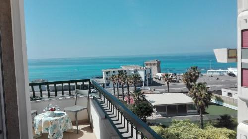 Le Terrazze sul Mare Lido, Puglia Hotels, Resorts, and Rentals ...