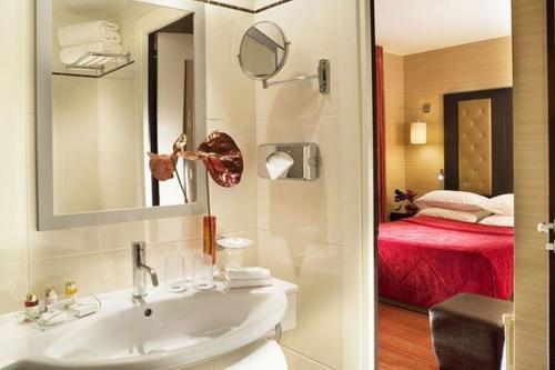 Hotel Elysées Bassano photo 2