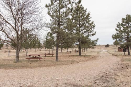 American Rv Park Cabins - Murdo, SD 57559