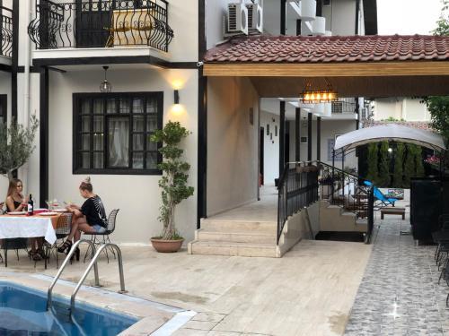 Antalya Derin Luxury Hotel yol tarifi