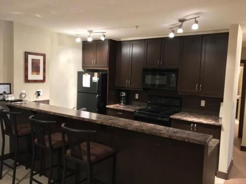 Silver Rock Condominiums by Fernie Central Reservations Photo