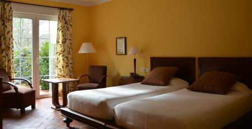 Double or Twin Room with Mountain View El Habana Llanes 4