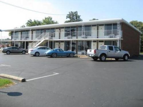 Bryce Inn - Smiths Grove, KY 42171