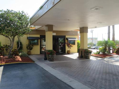 The Floridian Express International Drive Photo