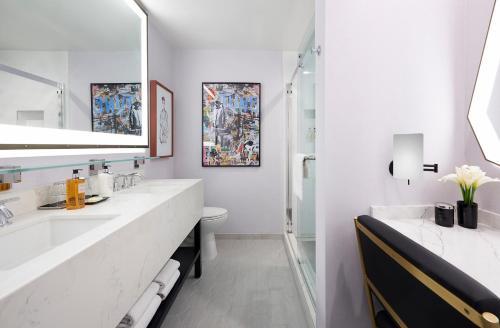 Le Montrose Suite Hotel Photo