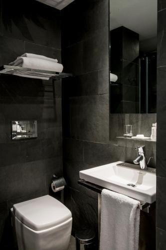 Suites Avenue photo 18