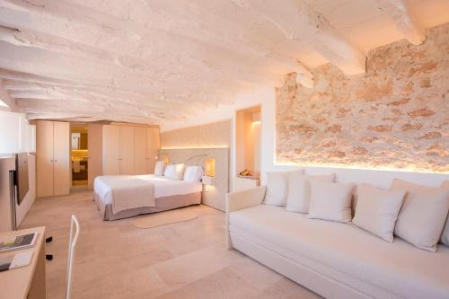Junior Suite with Terrace Can Simoneta - Adults Only 1