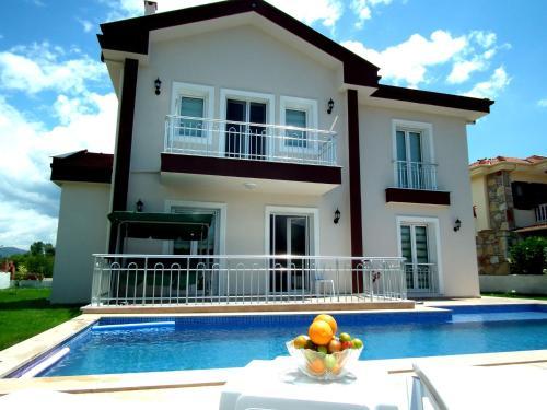 Dalyan Villa Binur Han - 4 Bedrooms tek gece fiyat